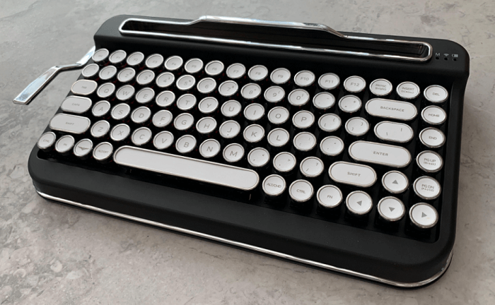 PENNA Wireless Bluetooth Keyboard